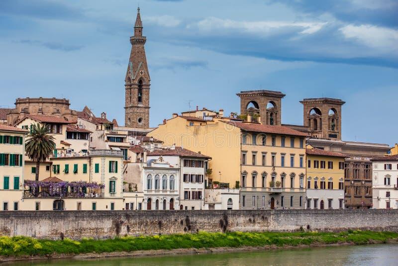 A cidade bonita de Florença e de Arno River fotografia de stock royalty free