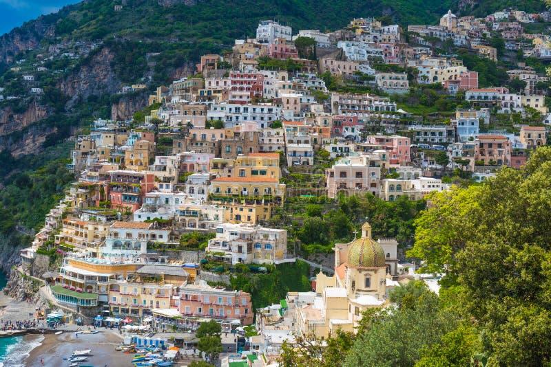 Cidade bonita de Positano, costa de Amalfi, região do Campania, Itália fotos de stock