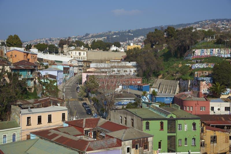 Cidade colorida de Valparaiso, o Chile imagem de stock