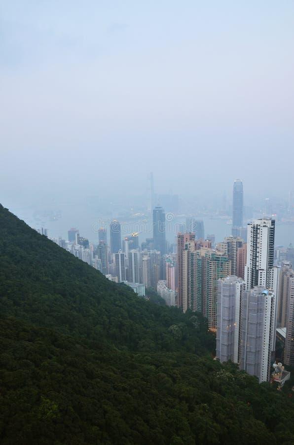 Cidade da poluição atmosférica fotos de stock royalty free