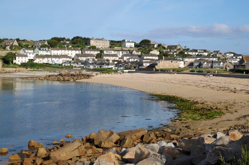 Cidade da praia e do Hugh de Porthcressa, ilhas de Scilly. imagem de stock