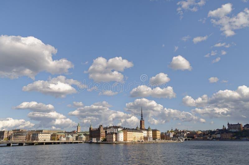A cidade de Éstocolmo, sweeden Cidade Cloudscape imagens de stock