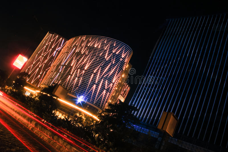 Cidade de Ahmedabad, skyline da Índia na noite foto de stock