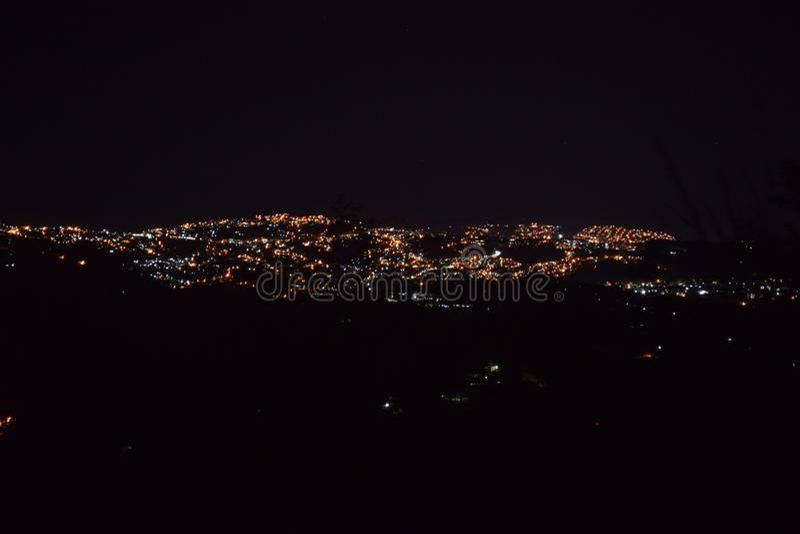 Cidade de Baguio, noite da cidade de Baguio, Baguio, cidade da noite vista de cima de, montagem Ulap, mt Ulap, Benguet, Filipinas imagem de stock royalty free