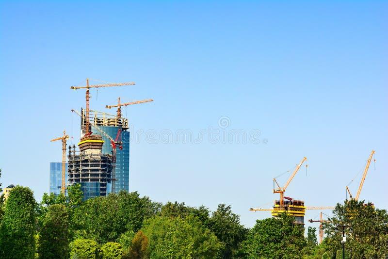 Cidade de Baku, construção grande fotografia de stock