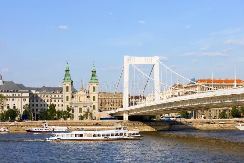 Download Cidade De Budapest Em Hungria Imagem de Stock - Imagem de edifício, home: 26520307
