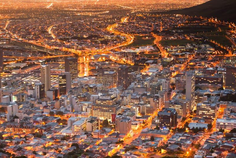 A cidade de Capetown ilumina África do Sul foto de stock royalty free