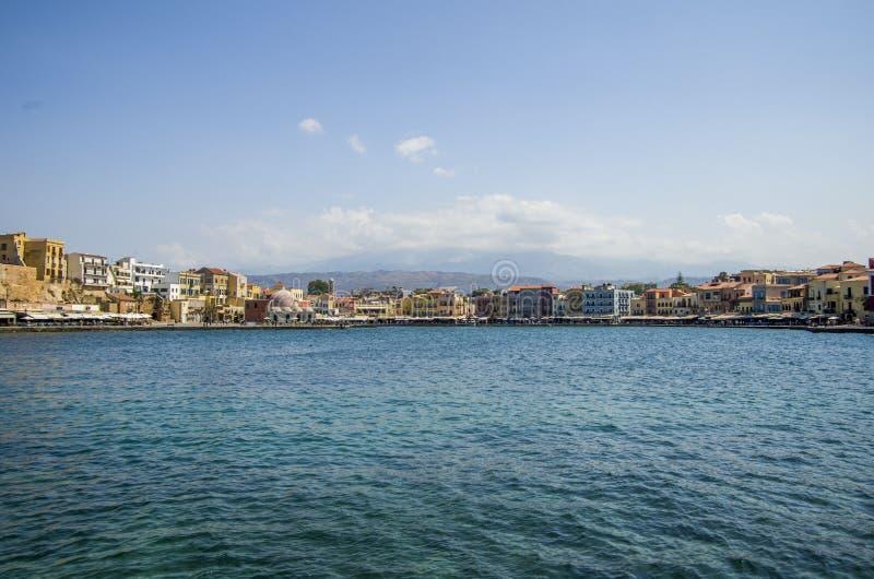 Cidade de Chania da baliza do mar imagens de stock royalty free
