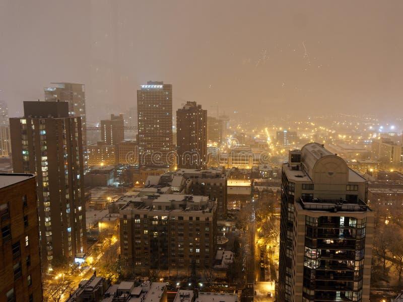 Cidade de Chicago, opinião de Arial na noite chuvosa, EUA foto de stock royalty free