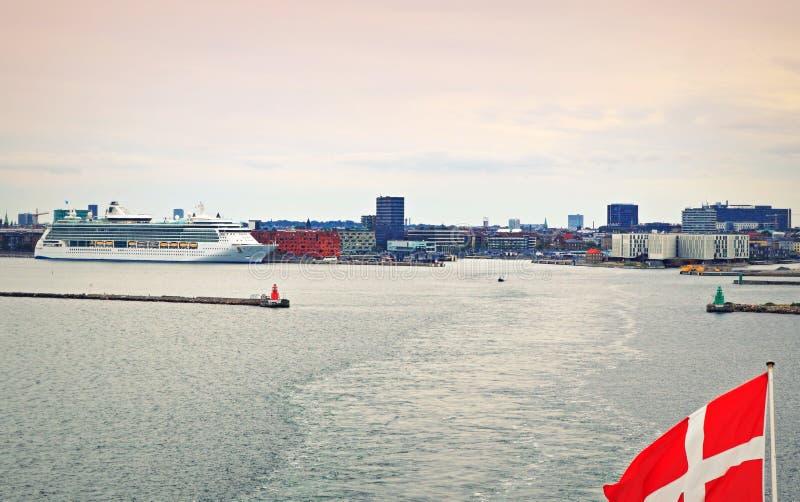 Cidade de Copenhaga porto pavilhão dinamarquês Dinamarca foto de stock