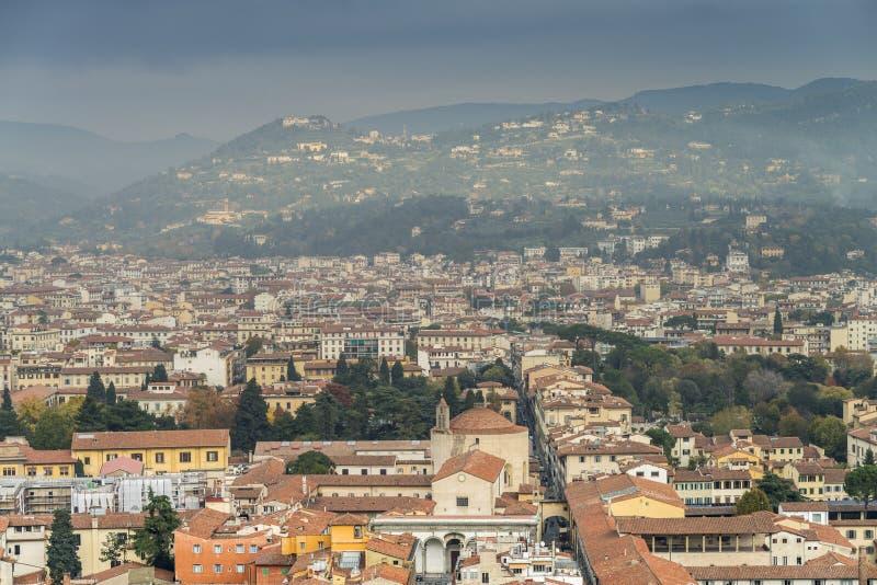 Cidade de Florença da abóbada de Brunelleschi da catedral de Florença imagens de stock royalty free