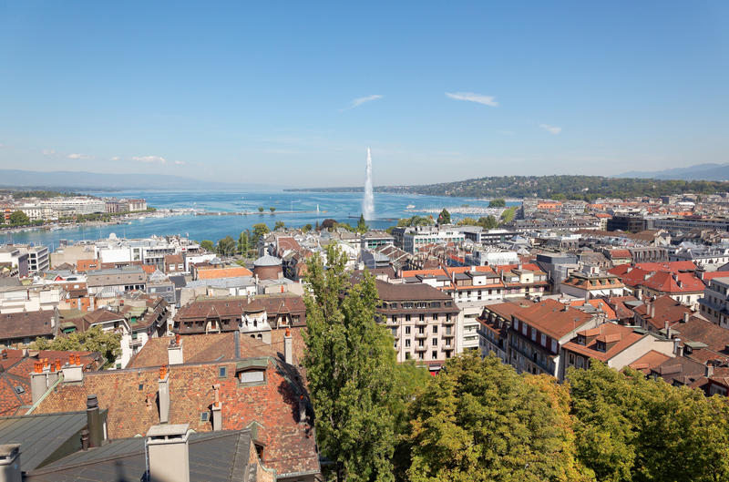 A cidade de Genebra em Suíça, uma vista aérea foto de stock
