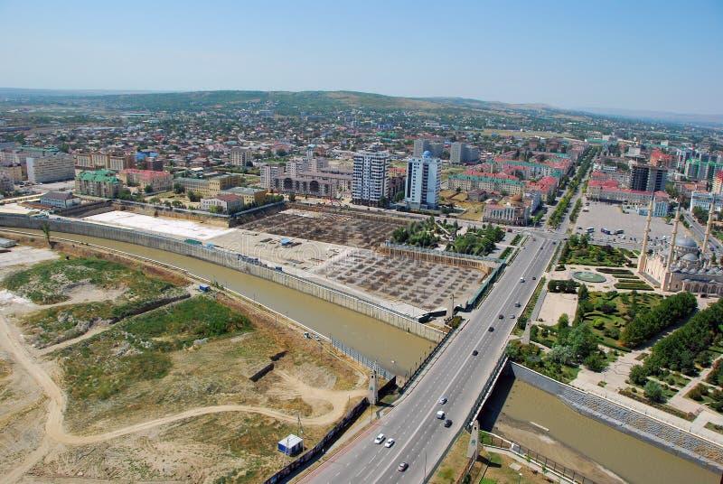 A cidade de Grozny A vista da parte superior foto de stock