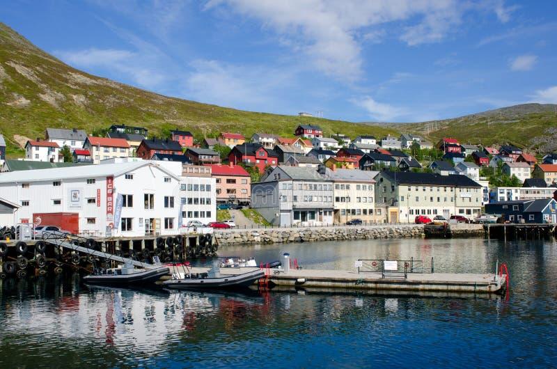 Cidade de Honningsvag/Honningsvåg, Noruega fotografia de stock royalty free