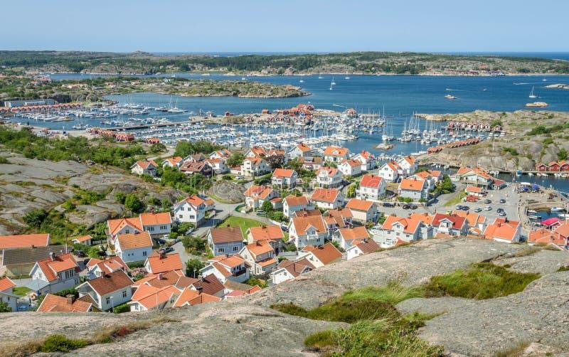 A cidade de Hunnebostrand, Suécia imagens de stock royalty free