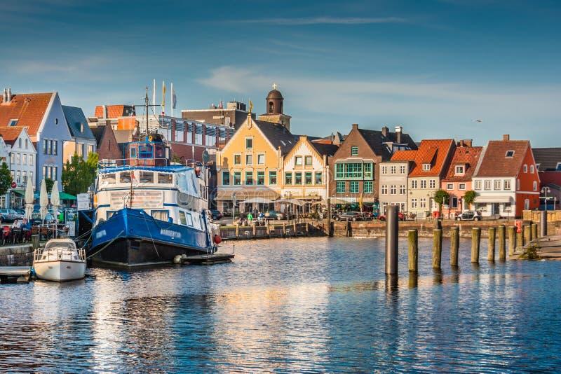 Cidade de Husum, Nordfriesland, Schleswig-Holstein, Alemanha fotografia de stock