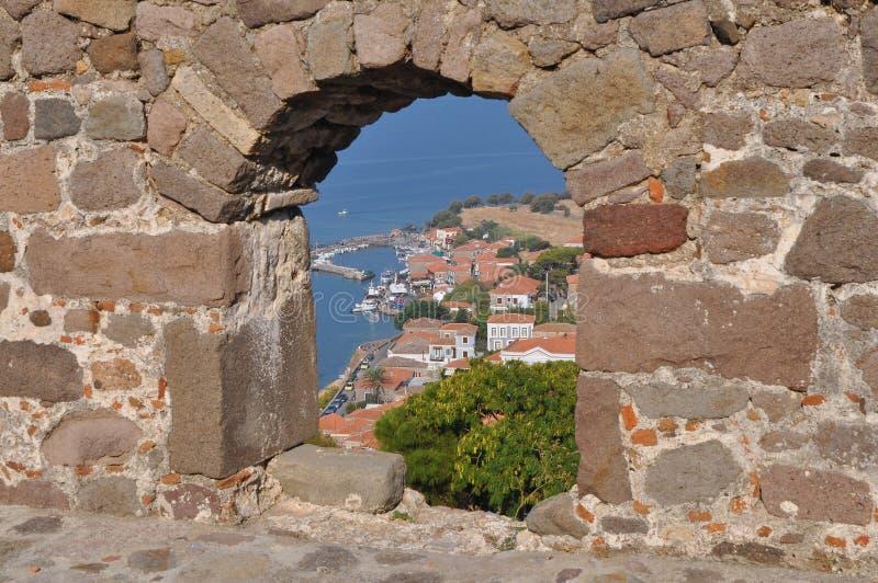 Cidade de Molyvos-Mithymna, ilha Lesbos, Grécia imagem de stock