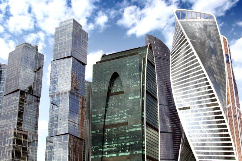 Cidade de Moscou do centro de negócios dos arranha-céus imagens de stock