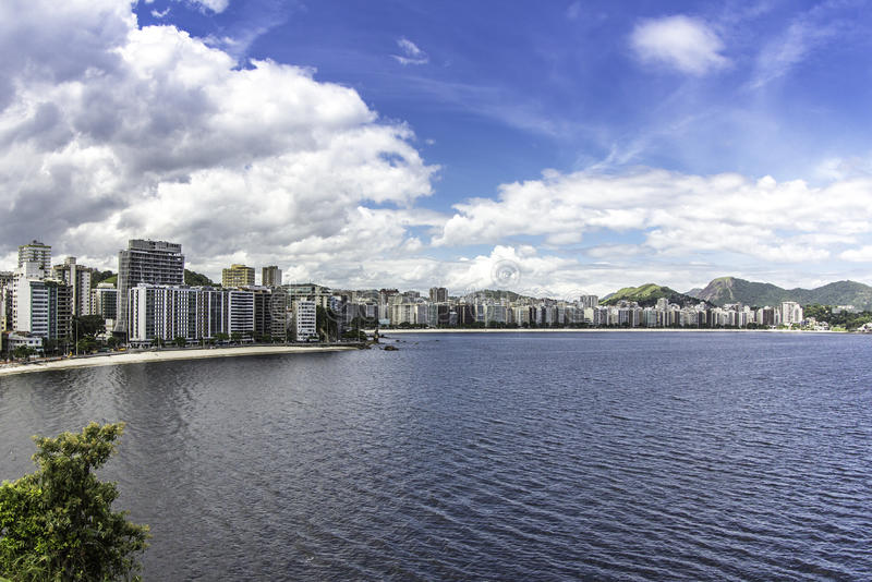 Cidade de Niteroi, Brasil foto de stock royalty free