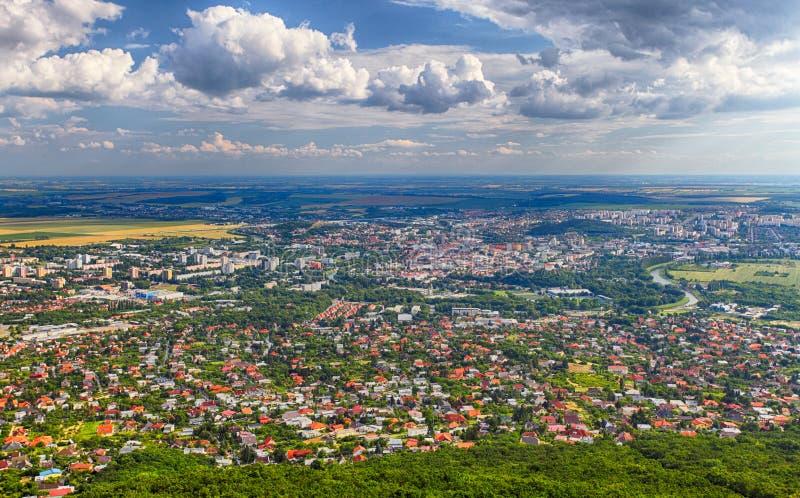 Cidade de Nitra do pico de Zobor imagens de stock royalty free