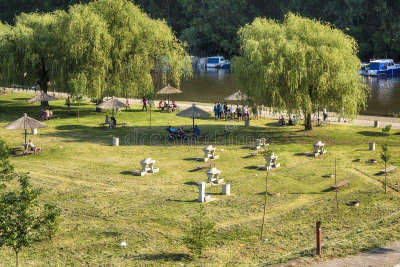Cidade de Pancevo e símbolos da Sérvia e do Vojvodina fotos de stock
