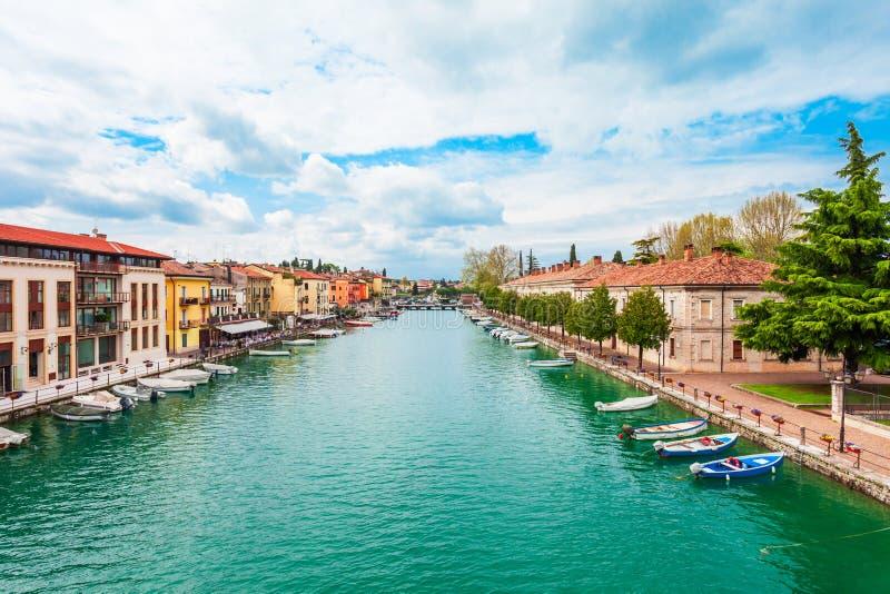 Cidade de Peschiera del Garda, Itália imagens de stock royalty free