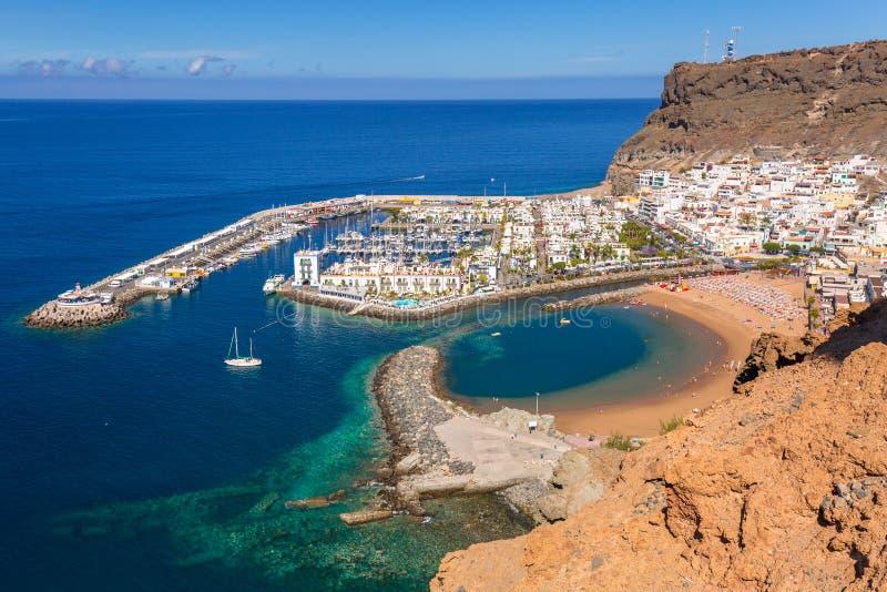 Cidade de Puerto de Mogan na costa de Gran Canaria fotografia de stock royalty free