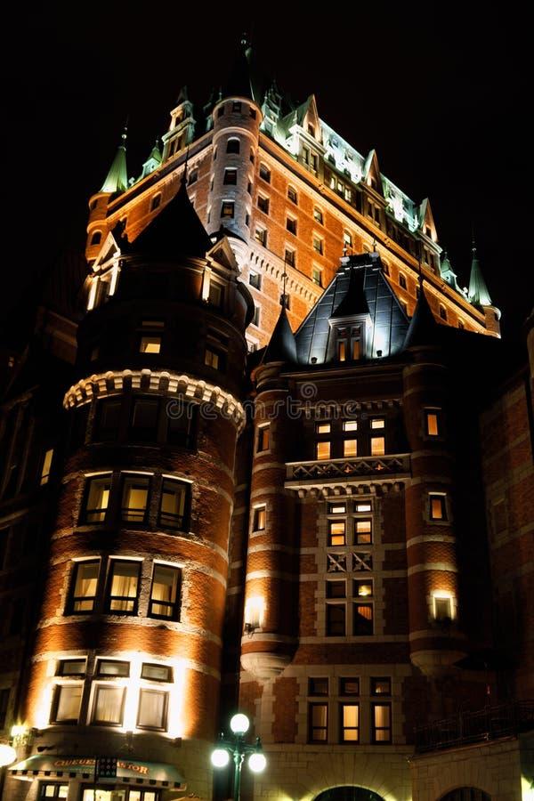 Hotel de Frontenac do castelo em Cidade de Quebec em a noite foto de stock