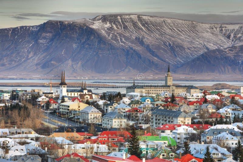 Cidade de Reykjavik fotos de stock royalty free