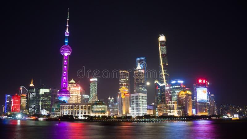 Cidade de Shanghai da luz foto de stock royalty free