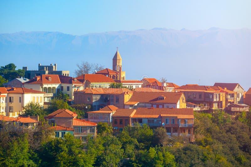 Cidade de Signagi ou de Sighnaghi na região em Geórgia, nascer do sol de Kakheti fotografia de stock royalty free