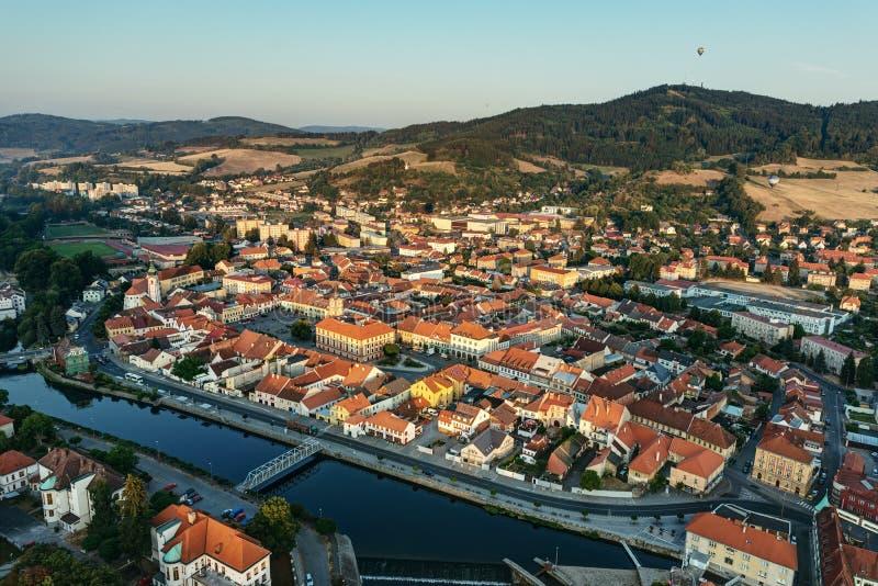Cidade de Susice - foto aérea fotos de stock royalty free