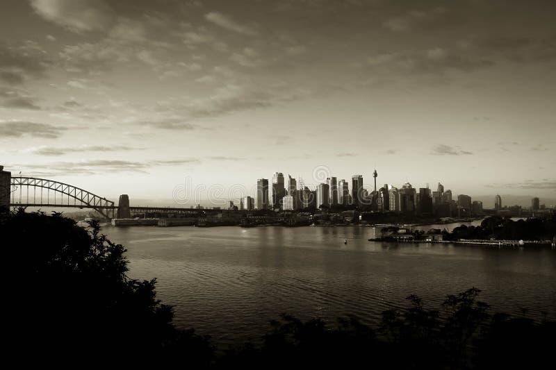 Cidade de Sydney com ponte do porto fotos de stock