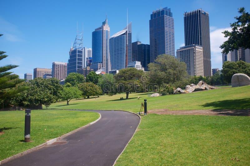 Cidade de Sydney na manhã do verão fotografia de stock