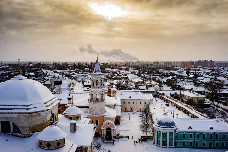 A cidade de Torzhok da região de Tver, a vista da plataforma de observação fotografia de stock royalty free