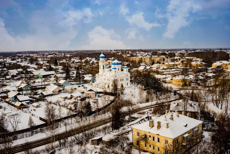 A cidade de Torzhok da região de Tver, a vista da plataforma de observação fotos de stock