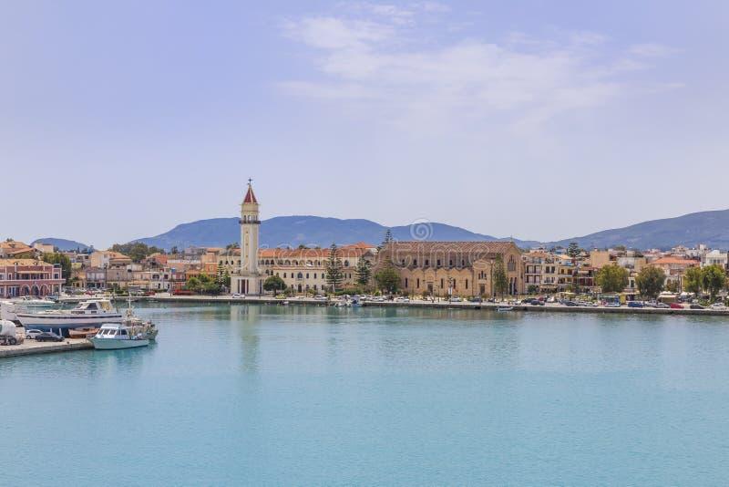Cidade de Zakynthos como visto do porto foto de stock
