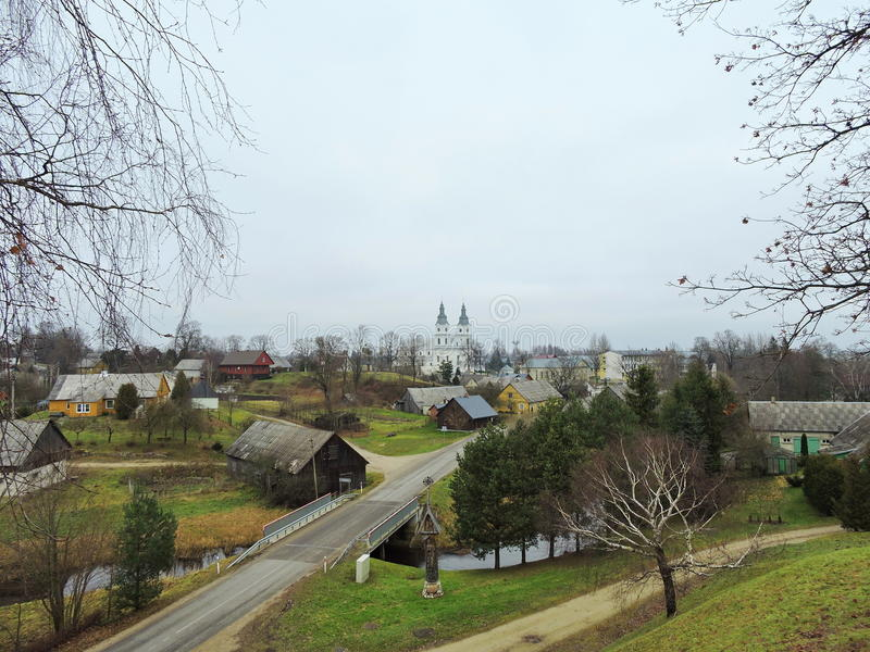 Cidade de Zemaiciu Kalvarija, Lituânia imagem de stock royalty free