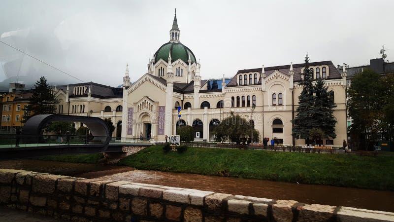 Cidade do cano principal de Sarajevo BiH foto de stock
