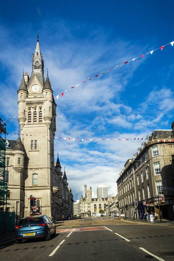 Cidade do granito de Aberdeen, condomínio na rua da união, Escócia, Reino Unido, 13/08/2017 foto de stock