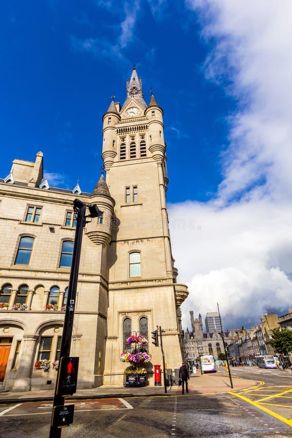 Cidade do granito de Aberdeen, condomínio na rua da união, Escócia, Reino Unido, 13/08/2017 foto de stock royalty free