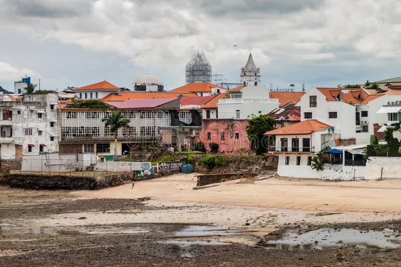 A CIDADE DO PANAMÁ, PANAMÁ - 27 DE MAIO DE 2016: Ideia do centro histórico de Casco Viejo do Ci de Panamá imagem de stock royalty free