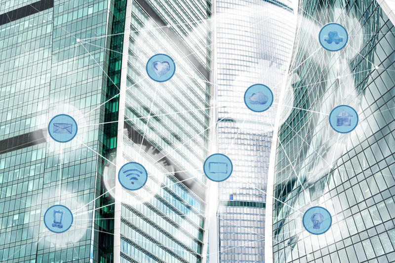 Cidade e rede de comunicação sem fio fotografia de stock royalty free