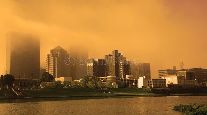 Cidade encoberta fotografia de stock