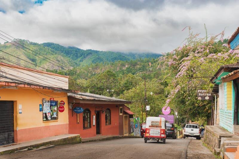 Cidade espanhola velha da mineração de Valle de Angeles perto de Tegucigalpa, Hondu imagem de stock royalty free