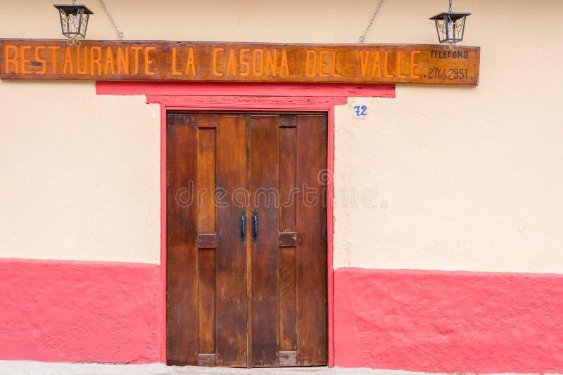 Cidade espanhola velha da mineração de Valle de Angeles perto de Tegucigalpa, Hondu imagens de stock