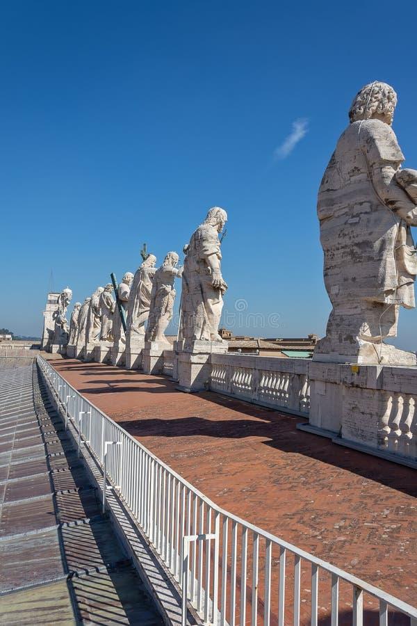 CIDADE ESTADO DO VATICANO, VATICANO, Itália - em março de 2019: Fragmentos da basílica papal de St Peter San Pietro Piazza no  imagens de stock