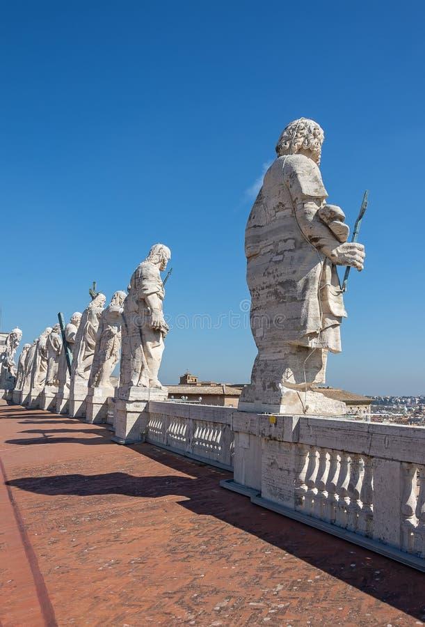 CIDADE ESTADO DO VATICANO, VATICANO, Itália - em março de 2019: Fragmentos da basílica papal de St Peter San Pietro Piazza no  imagem de stock royalty free