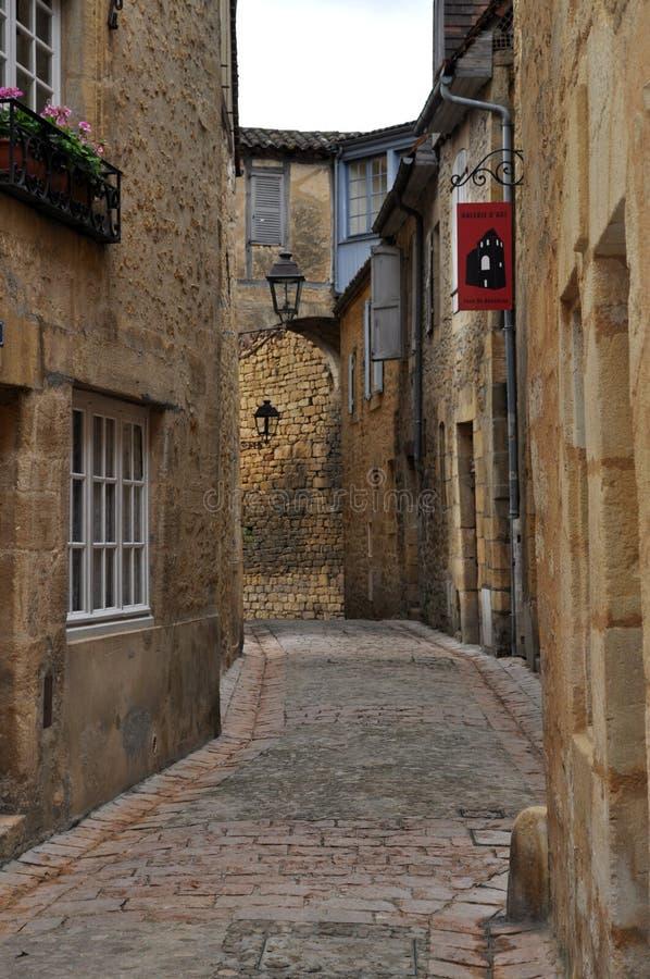 Cidade francesa medieval típica, Sarlat, França fotografia de stock royalty free