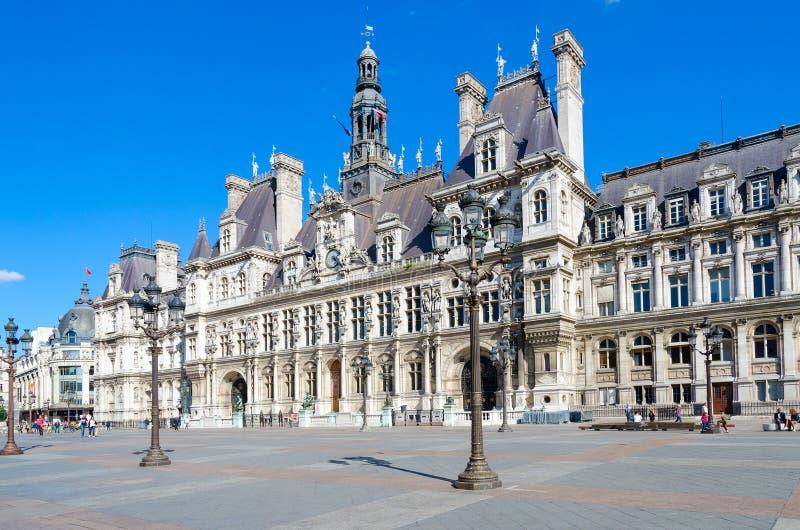 Cidade Hall Hotel de Ville no quadrado medieval anterior epônimo de Quadrado Hotel de Ville Grevskaya, Paris, França foto de stock royalty free